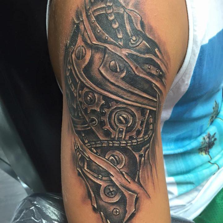 Tatuaggio biomeccanico-1