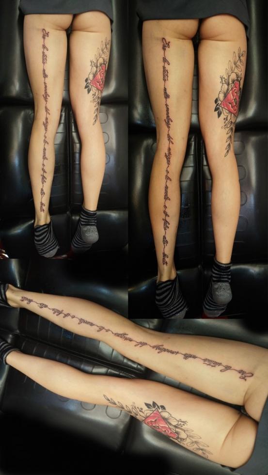 Tatuaggi rose su gambe-1