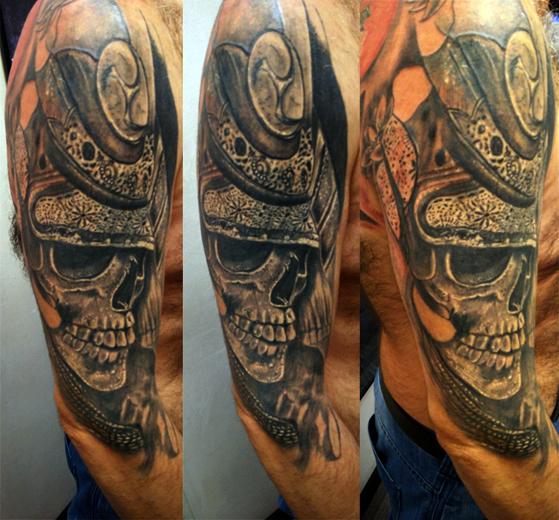 Tatuaggio teschio su braccio-1
